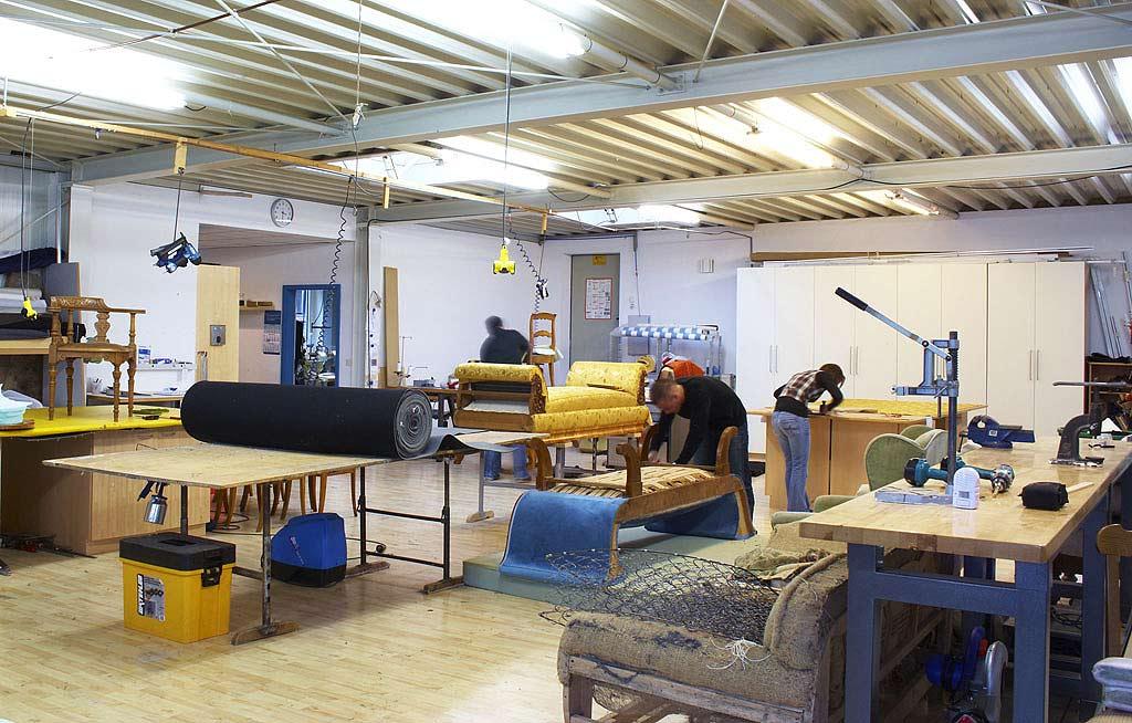 geschichte ambiente raumausstattung. Black Bedroom Furniture Sets. Home Design Ideas