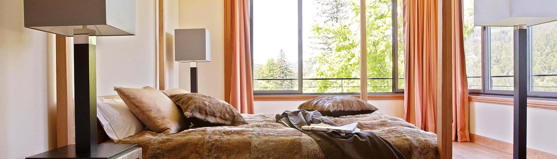 pflegetipps leder kunstleder ambiente raumausstattung. Black Bedroom Furniture Sets. Home Design Ideas